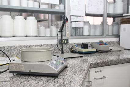 laboratorio-controle-qualidade-03